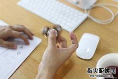 指尖陀螺成新解压神器