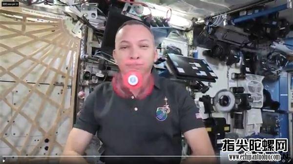 指尖陀螺在太空中怎么玩