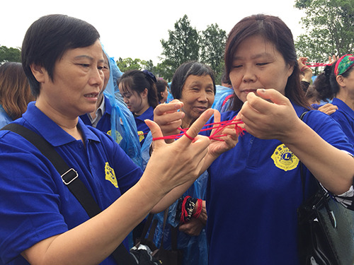 国际晚年发呆症防止宣扬日 翻花绳公益活动在沪举办